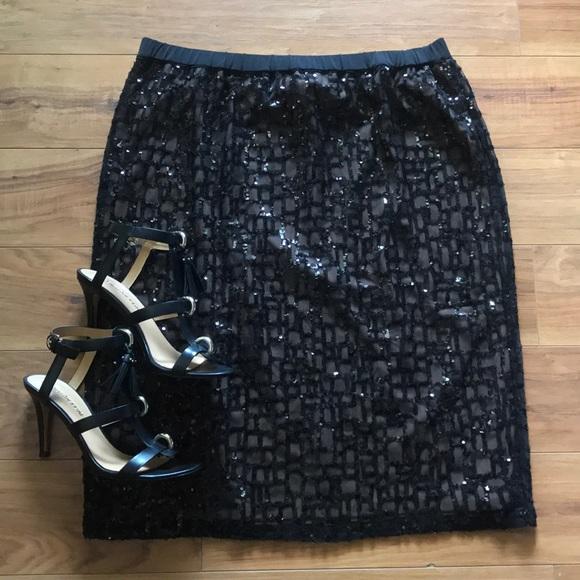 f7bec53fa73 Bob Mackie Dresses   Skirts - Bob Mackie s Pull-On Pencil Skirt w Sequin